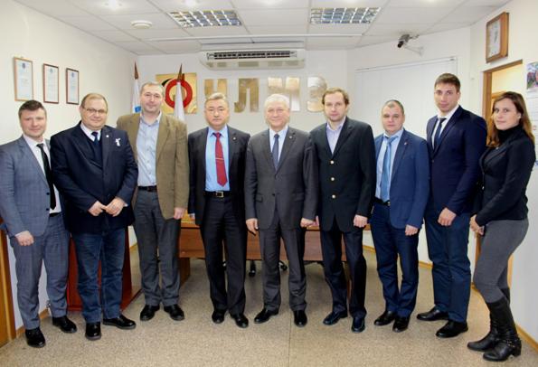 В состав делегации вошли представители пяти компаний: Бонус, Кама Тракс КЭР-Холдинг, Набережночелнинский литейно-механический завод «Магнолия»